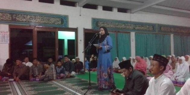 Idza – Narjo Awali Safari Ramadhan di Masjid Taraban Paguyangan