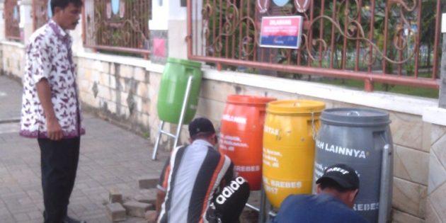 LH Brebes Prihatin, Tong Sampah Dialun-alun Menghilang