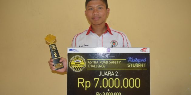 Ciptakan Helm Aman, Aziz Sabet Juara 2 Safety Riding Tingkat Nasional