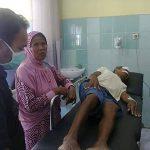 Disambar  Mobil  Belajar, 3  Tukang  Becak Terluka