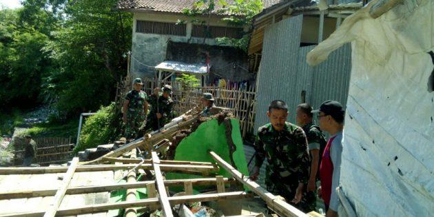 Dihantam Arus Kalikeruh, di  Desa Kalierang Bumiayu  2 Rumah Rusak, 1 Rusak Parah