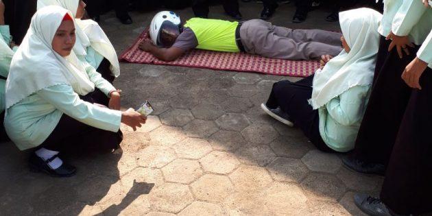 Tekan Angka Kecelakaan, Siswa-Siswi MAN 1 Brebes Dilatih Safety Riding