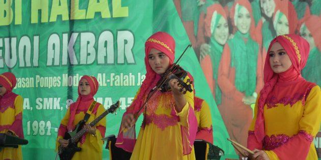 EzzurA, Bangkitkan Kembali Dunia Music Ber-genre Qosidah