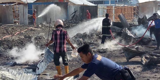 Diduga Korlseting Listrik, Pos Jaga Pabrik Garmen di Cimohong Terbakar
