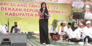 Isi HUT RI ke – 73, Ribuan Pelajar Hadiri Indonesia – Brebes Bersholawat