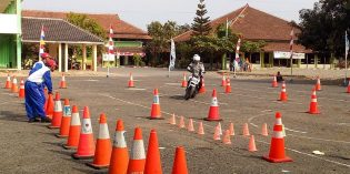 Brigadir Bagus Sabet Juara I Safety Riding HUT Lalulintas Polres Brebes