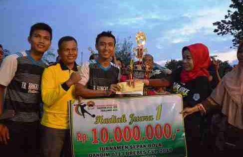 Warga Jatibarang Gondol Motor Doorprise Dandim Brebes Cup 2018