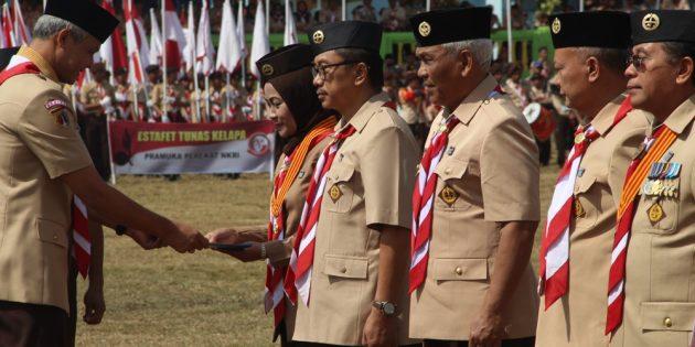 Idza Terima Penghargaan Satya Lencana Melati Ketua Kwartir Nasional