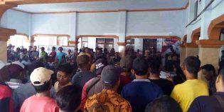 Ratusan Warga Bangsri Bulakamba Unjukrasa, Tuntut Transparasi Dana Desa