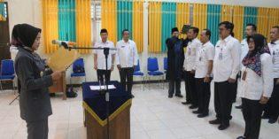 Bupati Lantik 8 Pejabat Administrator dan Pengawas