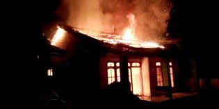 Rumah Pedagang Asongan dii Bumiayu Terbakar, Diduga Akibat Dibakar Anaknya