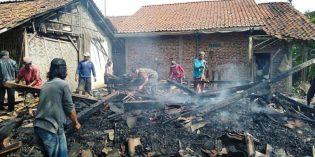 Lalai Matikan Perapian Dapur, Gubuk Mbah Kalimah di Tonjong  Ludes Terbakar