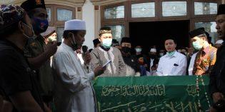 Ketua NU Kiai Nasrudin Dimakamkan di Tanah Kelahirannya Jatirokeh