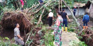 Puting Beliung Porakporandakan 9 Desa di Lima Kecamatan di Brebes