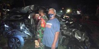 Mesin Mati di Perlintasan KA Bulakamba , Daihatsu Terios Hancur Disambar KA
